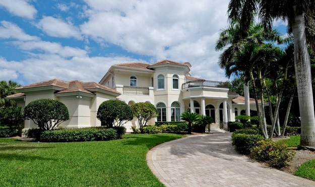 Pointe Verde Real Estate in Pelican Bay