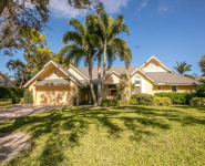 713-Nathan-Hale-Drive-Naples-Homes