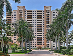 Pelican Bay High Rises 7425 Pelican Bay Blvd 201